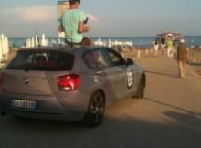 marco-in-spiaggia-a-lignano-225x300